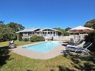 Gracious and Spacious Chilmark Home with a Pool