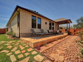 Brand-New 3BR Austin Home with Landscaped Patio - Sleeps 6