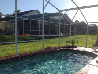 Immaculate Southern Dunes 4/3 Villa with Pool, Haines City