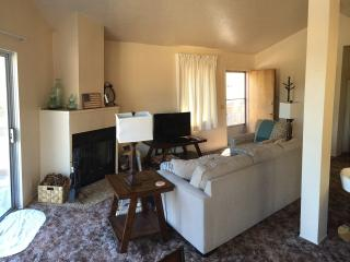 Comfortable Mountain Retreat, Wrightwood