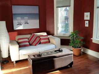 Sunny, Central 1Bdrm Apartment In The Heart Of Tor, Toronto
