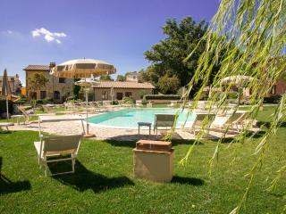 Holiday home apartament near SAN GIMIGNANO, FIREN, Gambassi Terme