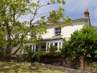 Large stylish period house in Farnham