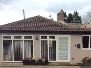 Self Catering Bungalow. Rural Location. Easy Acces, Stroud
