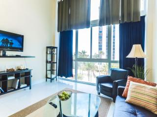 Mid Beach One Bedroom Macao Apartment, Miami Beach