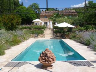 Luxury Provençal Farmhouse set in lovely gardens, Villecroze