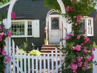 Charming Cape Cod Cottage by the Bay, Dennis