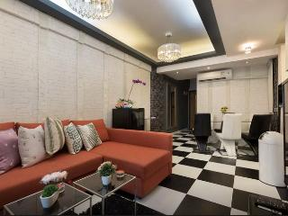 SUPERB TripADVISOR FEATURED DeLUXE CENTRAL 3bed2bath, Hong Kong