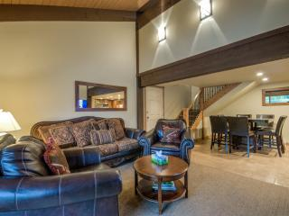 Completely Remodeled, 2 Blocks to Slopes, Steamboat Springs