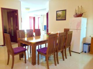 Spacious apartment with overview to beach, Vung Tau