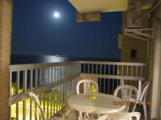 Seafront Flat in Limassol's Prime Area