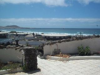 Bungalow Tovintocho in Famara for 4 guests