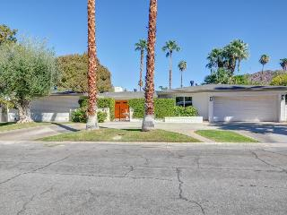 Open Golf Course Property, Relaxing and Spacious, Palm Springs