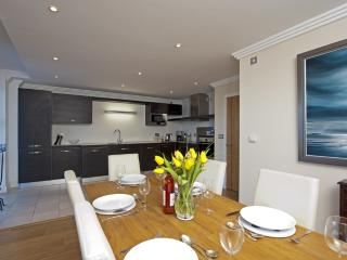 43 Marinus Apartments located in Cowes, Isle Of Wight