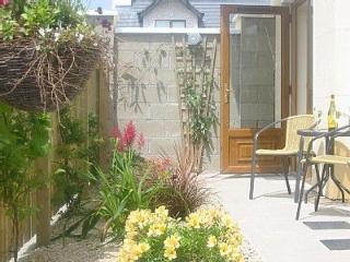 RECOMMENDED 4*Seaside Apartment Near Kelly's Hotel, Rosslare