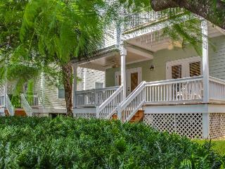 Newly remodeled family home just outside famous Key West!