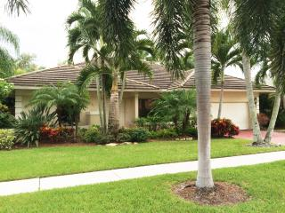 Wonderful modern open concept home 1 mile to beach, Boca Raton