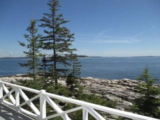 LEDGEMERE | SOUTHPORT ISLAND | BOLD OCEANFRONT | ISLANDS | LIGHTHOUSE, Boothbay