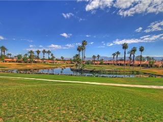 Play Golf & Tennis Here! Palm Desert Resort CC (PS641)