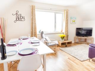 Kernow Trek Self Catering Apartments - Sand Castle, Mawgan Porth