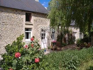 Traditional Stone Cottage in Beautiful Normandy, Bayeux