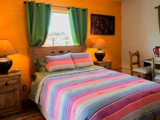 Private Guest House in Midtown Tucson