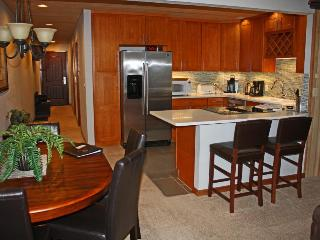 Bright and comfortable condo with breathtaking views, Chelan