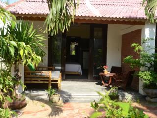 Red Flower Cottages - Bungalow 3, Hoi An