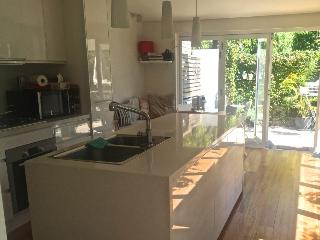 Bright, spacious, modern family home, Sidney