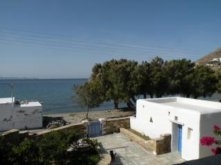 Beautiful house infront of the sea!, Tinos Town
