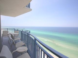 Gulf Front Beach 3 Bedroom 3 Bath Condo Sleeps 10, Panama City Beach
