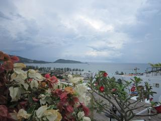 2 bedroom apartment with a roof terrace - sea view, Patong