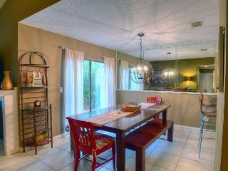 Three-Bedroom Bungalo on the Golf Course!!, Sandestin