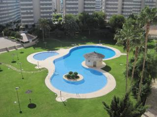 Spacious, modern 3 bed/2 bath flat 5 mins from sea, Campello