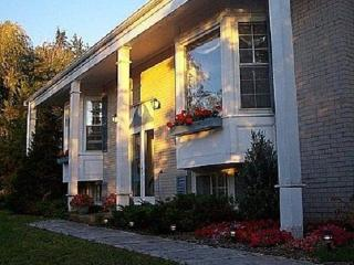 Blue Shutters 4.5 star Bed and Breakfast, Wolfville