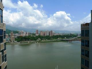 Riverfront and Mountain View Duplex Penthouse, Taipei