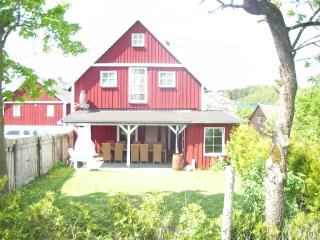 Vacation Home in Presseck - 2153 sqft, quiet, natural, friendly (# 5018)