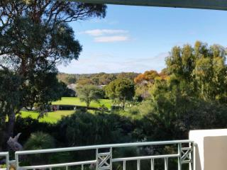 Joondalup Golf Retreat  SPECIAL IN PERTH, Connolly