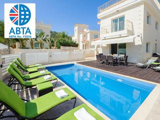 Oceanview Villa 024 - 4 bed on a popular complex, Protaras