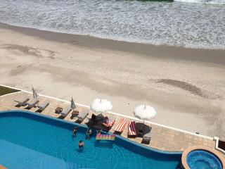 BEACH FRONT BEAUTIFUL CONDO, Punta de Mita