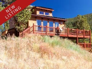 Beautiful Seclusion in Blue River, Your Private Home Away from Home, Just Minutes from Breckenridge