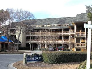 Beautiful 2 BR/2 BA condo tucked away in Kingston Plantation!, Myrtle Beach
