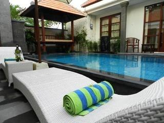 SANUR - 3 Bedroom Villa Beach Side - Private Pool, Sanur