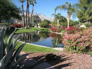 2BR Condo in Established Community with Pool, Spa & Tennis, Palm Springs