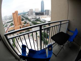 Furnished Apartment Uptown Houston - Galleria Area