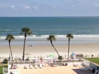 Best view in New Smyrna 2/1 condo, New Smyrna Beach