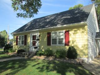 NEW LISTING 10/19/15 - 3br/2ba Home Near Downtown, Rochester