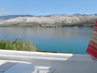 Apartment -directly at the sea - wunderfull view, Pag