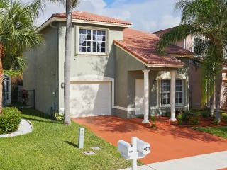Beautiful Heated Pool Home In Boynton Beach