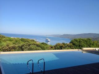 Sea view with an infinity pool, Propriano